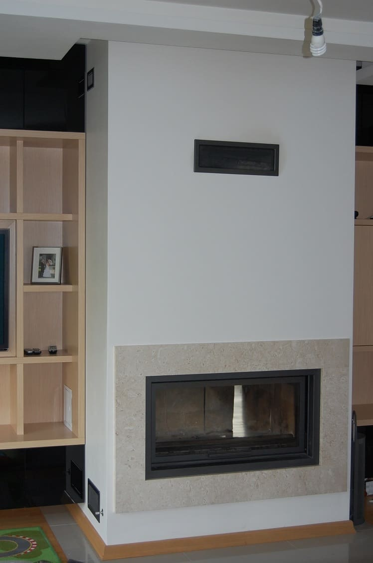 A fireplace in a room, where to position it ? – Fainner