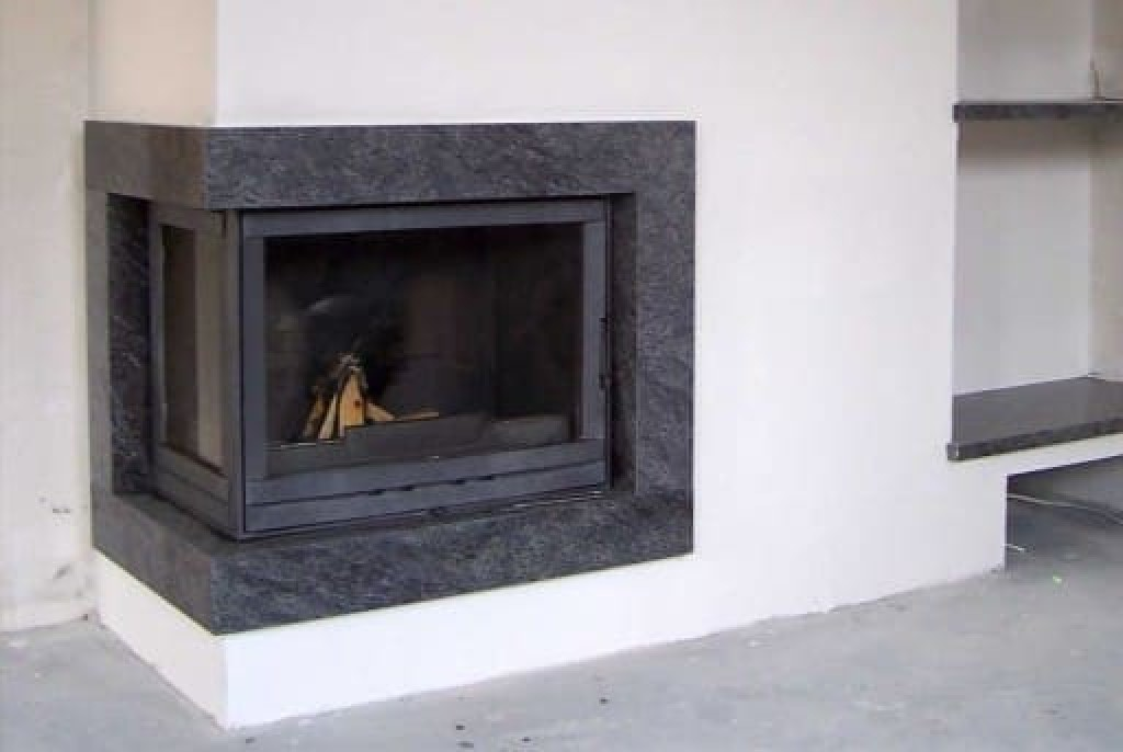 A fireplace insert - with the lift-up or side-hinged door? Which to choose from?